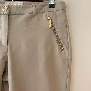 Michael Kors pants w/ gold zippered pockets sz6